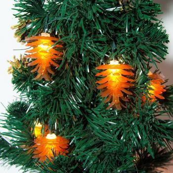 Гирлянда 10LED, цвет свечения: теплый белый, расстояние м/у подвесами: 15 см, длина: 1,33 м, батарейки 3*АА, IP20, CL559